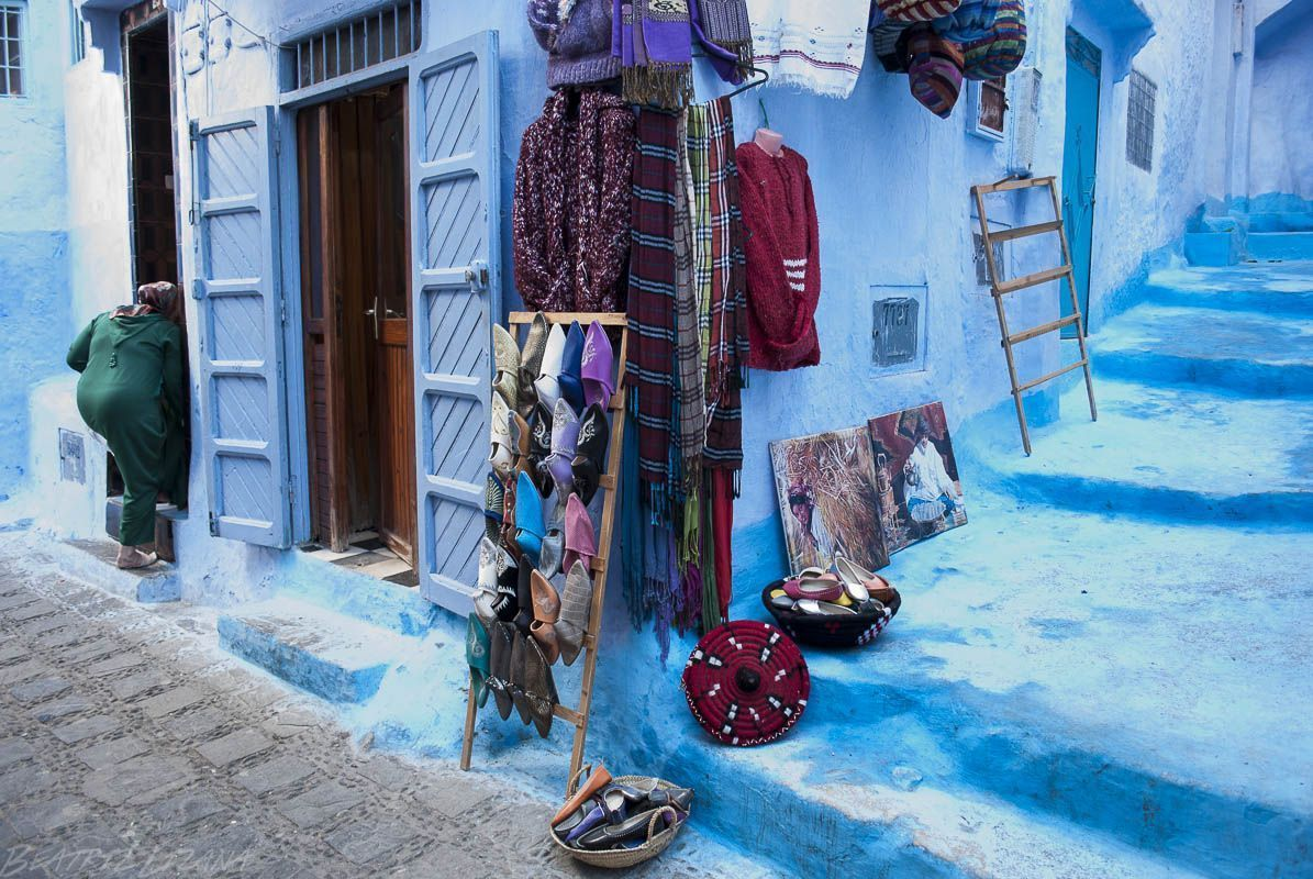 Tienda azul de Chefchaouen, Marruecos