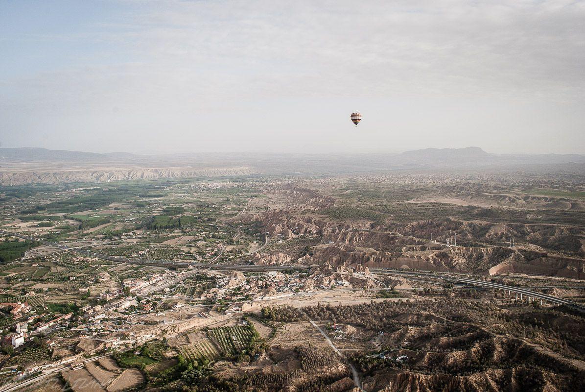 Sobrevolando Guadix en globo